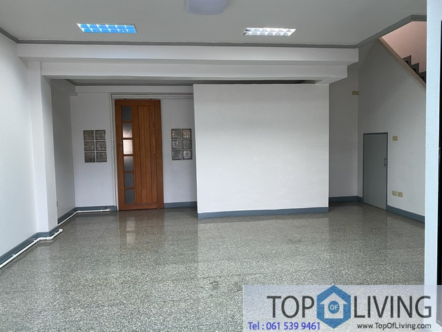 Unfurnished Townhouse for rent at Prime Place SK Soi 105 easy acess to Bangkok Patana School